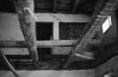 Strop na sále při rekonstrukci